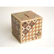 Японская коробка копилка Yosegi 60x60X60мм, 2 шага до открытия