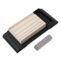 Водный камень Suehiro, серии Whetstones for Hobby-oriented Tools, 3000 грит (с подставкой), 98 x 65 x 20мм