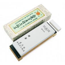 Водный камень Suehiro, серии DEBADO, Rika 5000 грит, 206 x 73 x 23мм с подставкой
